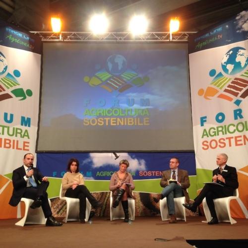 agrofarma-pregiudizi-falsi-miti-agrofarmaci-forum-agricoltura-sostenibile-7-2-2014-bycspadoni.jpg