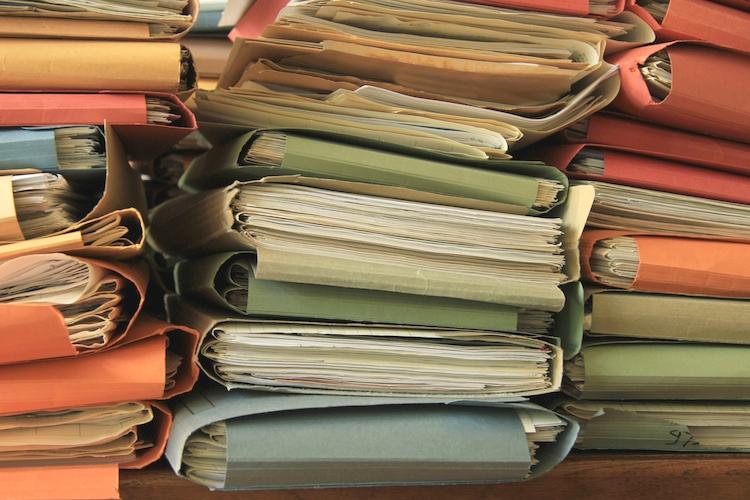 burocrazia-carte-documenti-by-studio-porto-sabbia-fotolia-750.jpg