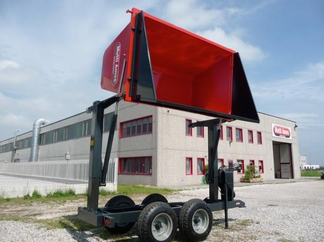 Mutti macchine agricole mulino elettrico per cereali for Crosetto rimorchi agricoli