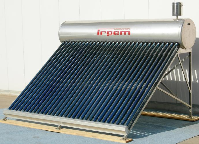 Pannello Solare Per Balcone : Pannelli solari per la produzione di acqua calda