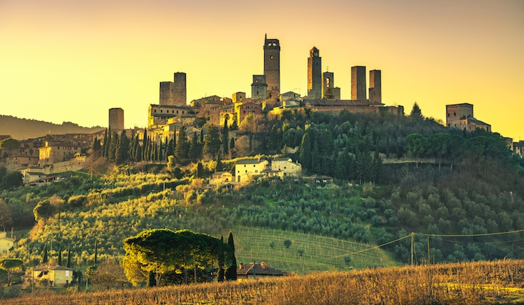 san-gimignano-toscana-paesaggio-by-stevanzz-fotolia-750.jpeg
