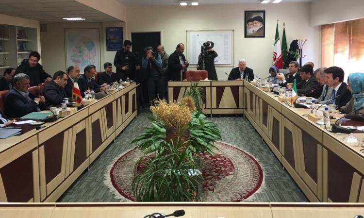 tavolo-italia-iran-agroalimentare-fonte-mipaaf