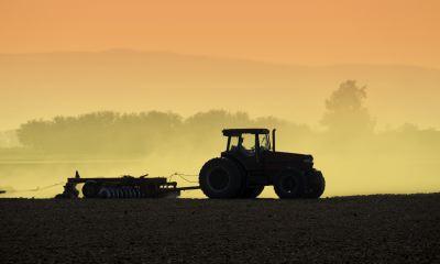 trattori-macchine-agricole-cop-an-20101020-400x240