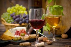 agroalimentare-vino-formaggi-by-pilipphoto-fotolia-750