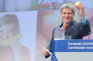 ciolos-frutta-nelle-scuole-2014-fonte-commissione-europea