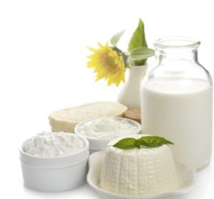 Latte, aggregazione e obbligo di etichetta per rilanciare il comparto