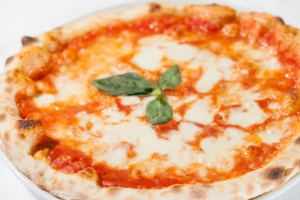 pizza-made-in-italy-agroalimentare-by-luca-viola-it-fotolia-750