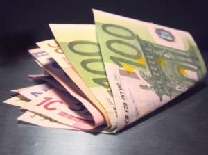 soldi-euro-banconote-fonte-morguefile-nacu