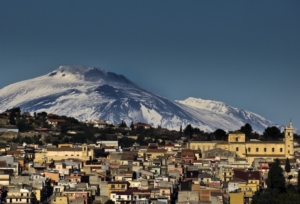 sortino-panorama-by-pietro-columba-wkimedia