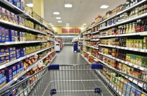 Etichettatura: obbligatori calorie, zuccheri, grassi e sale