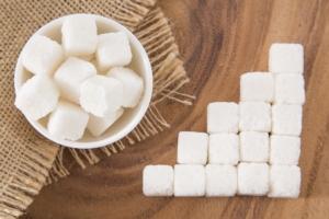 zucchero-zollette-by-luis-echeverri-urrea-fotolia-750