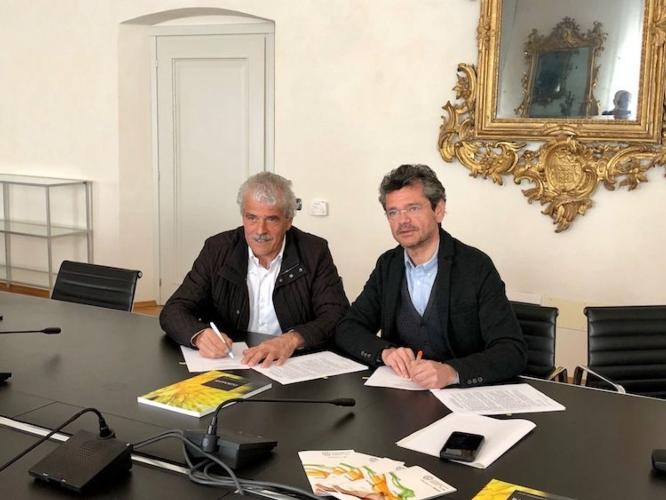 20190318-conferenza-stampa-fem-apot-firma-accorto-triennio-2019-2021-fonte-fondazione-edmund-mach.jpg