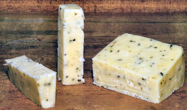 Cheddar-formaggio