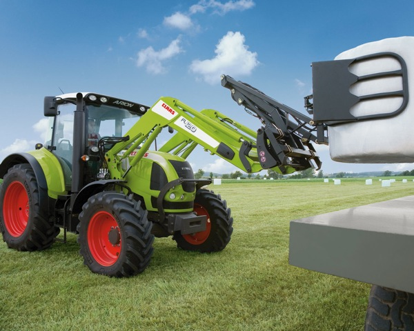 Claas Arion 1