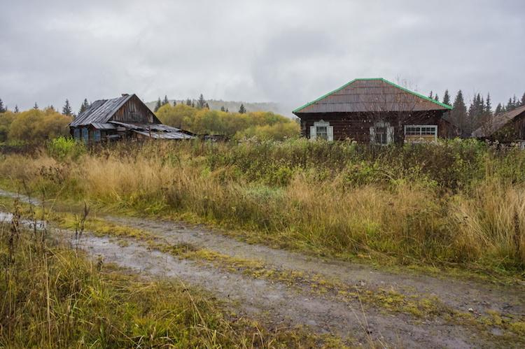 abbandono-agricolo-azienda-agricola-abbandonata-by-papava-fotolia-750x499.jpeg