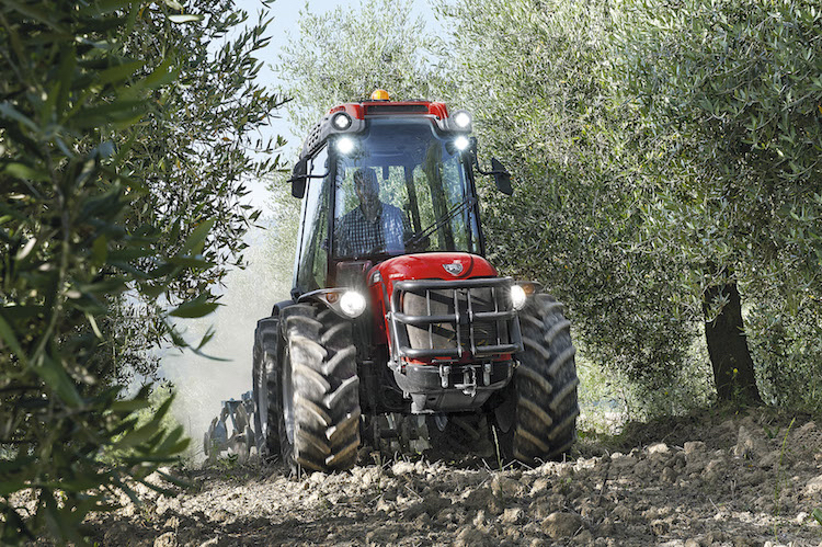 Antonio carraro pronto per agrilevante 2017 agronotizie for Forum trattori carraro
