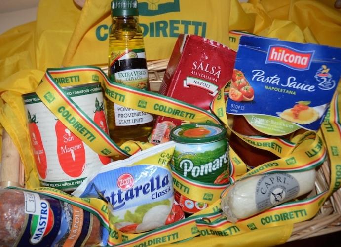 agroalimentare-prodotti-made-in-italy-contraffatti-esposti-alla-summer-school-coldiretti-ad-acciaroli-set14