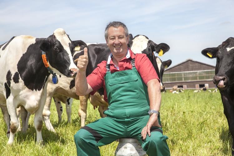allevatore-mucche-vacche-allevamento-by-edler-von-rabenstein-fotolia-750