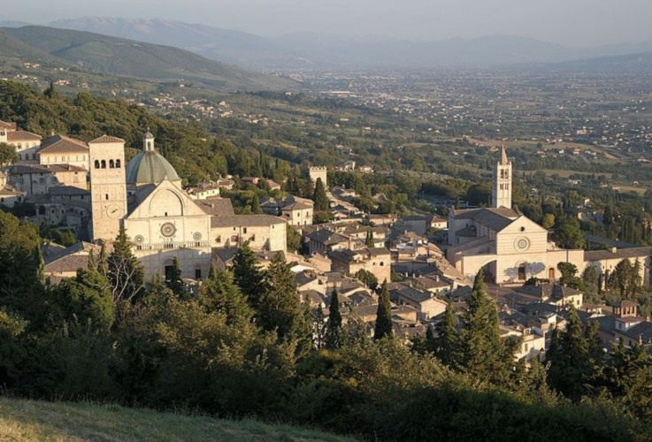 assisi-paesaggio-colline-by-luca-aless-wikimedia-jpg
