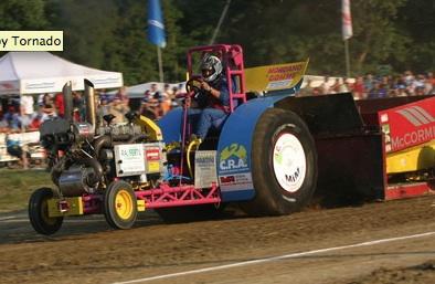 baby-tornado-tractor-pulling-categoria-italian-pulling.jpg
