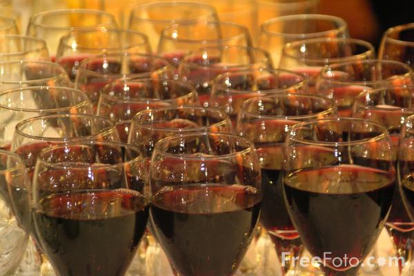bicchiere-vino-rosso-freefoto