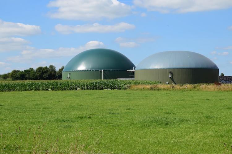 biogas-impianti-bioenergie-biocarburante-fonti-rinnovabili-by-maren-winter-fotolia-750.jpeg