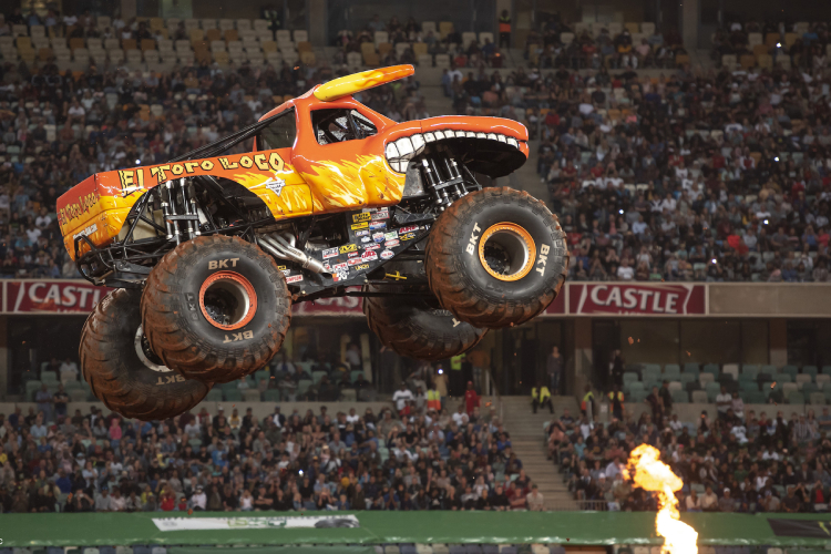 I Monster Truck conquistano l'Africa