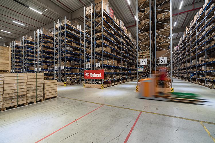 """Bobcat """"coccola"""" i clienti dell'area Emea con un nuovo centro di distribuzione ricambi"""