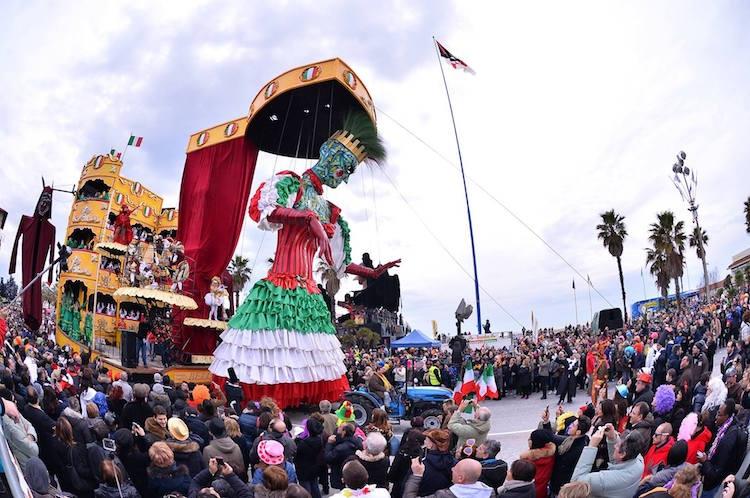 carnevale-viareggio2015.jpeg