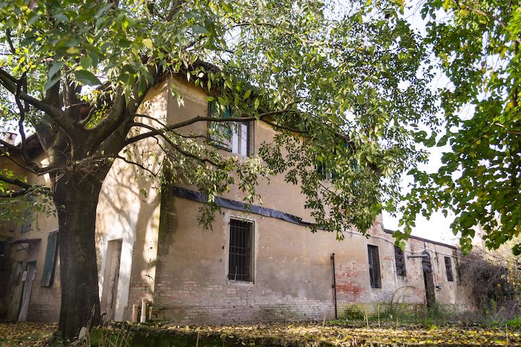 casale-via-fantoni-bologna-fonte-foto-urbanfarm