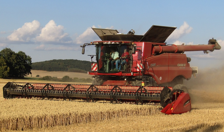 case-ih-axial-flow-7250-press-event-2018