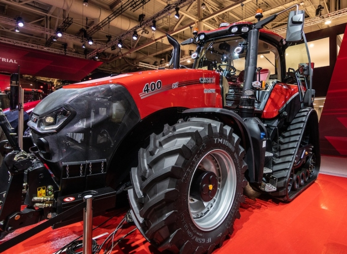 case-ih-magnum-400-afs-connect-agritechnica-2019