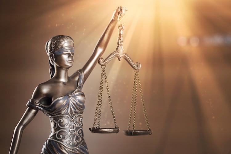 cause-rs-normativa-giustizia-tribunale-sentenze-legge-by-billionphotos-com-fotolia-750.jpeg