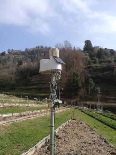 centralina-meteo-in-vigna-giu-2020-fonte-pessl-instruments