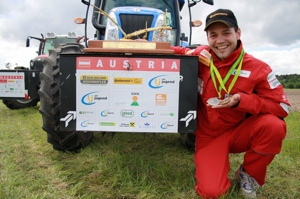 cgs-tyres-Lanz-campione-mondiale-aratura