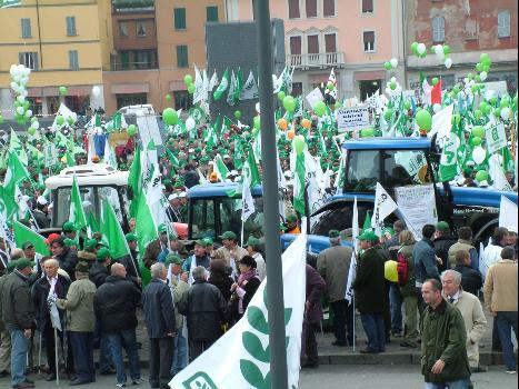 cia_manifestazione_bologna_trattori.jpg