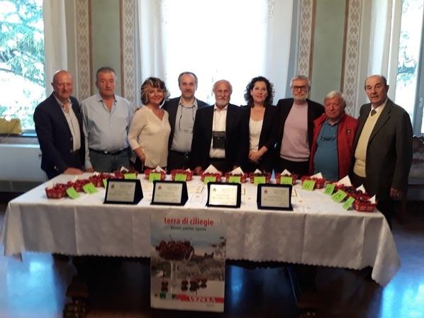 ciliegie-d-italia-2019-festa-associazione-nazionale-citta-ciliegie-comunicato-2019.jpg