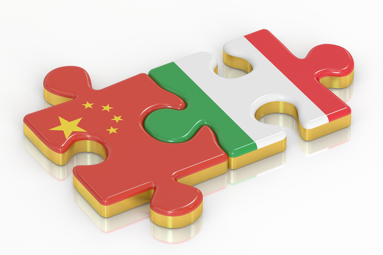 cina-italia-puzzle-by-alexlmx-adobe-stock-750x500.jpeg