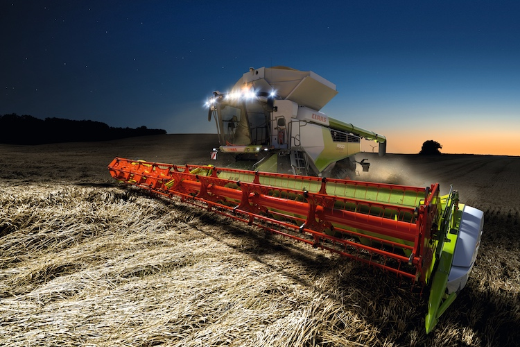 claas-lexion-8900-cemos-automatic