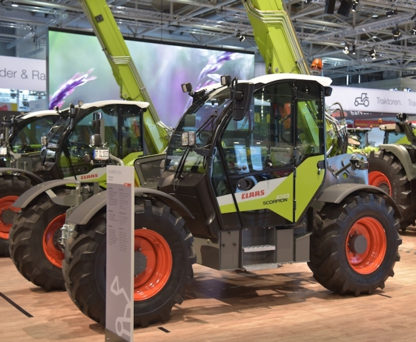 claas-scorpion1033