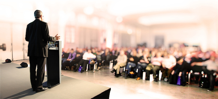 convegno-incontro-seminario-relatore-relatori-pubblico-by-thaut-images-fotolia-750