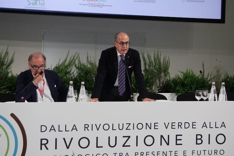 convegno-rivoluzione-bio-sana-2019-fonte-sana