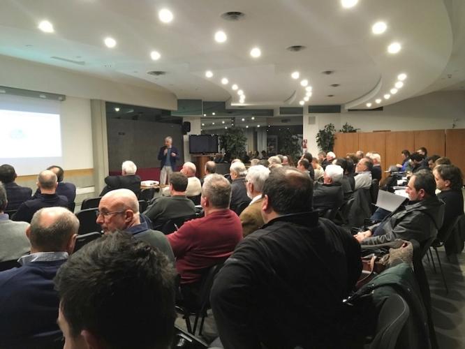 convegno-viticoltura-futuro-prospettive-febbraio-2018-attilio-scienza-fonte-consorzio-agrario-dell-emilia.jpg