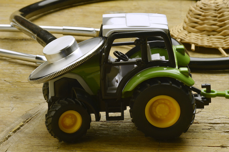 copia-di-trattore-trattori-macchine-agricole-by-comugnero-silvana-fotolia.jpg