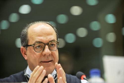 de_castro-iptc-copyright--european-union-2012-PE-EP