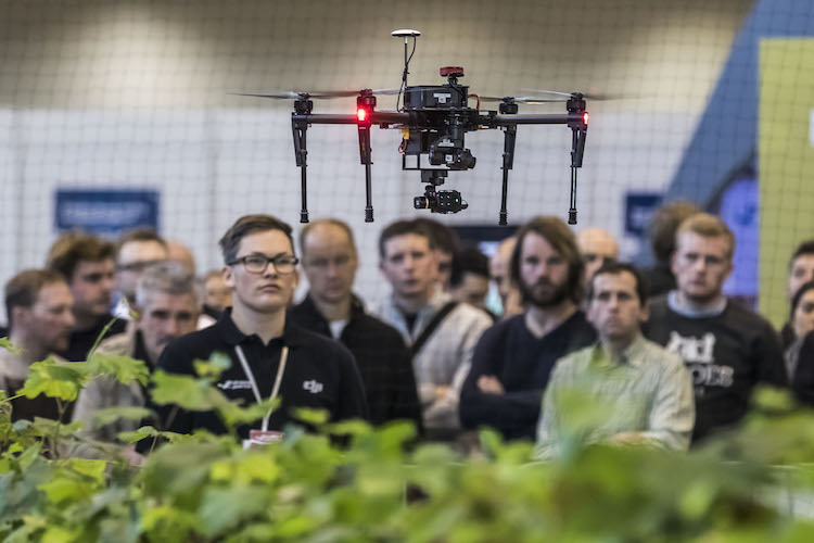 droni-robotica-simulazioni-volo-fonte-messe-stuttgart
