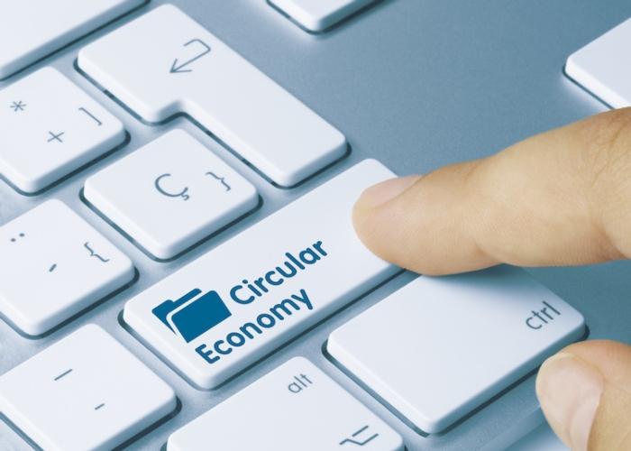 economia-circolare-circular-economy-tastiera-tasto-by-momius-adobe-stock-750x536