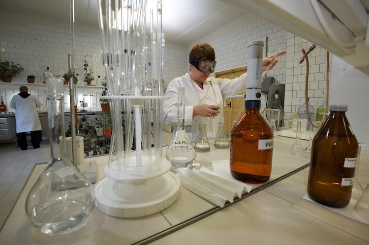 eurochem-laboratorio-fonte-eurochem