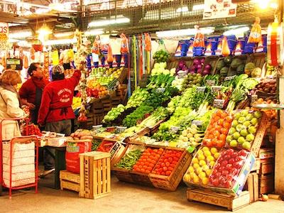 farmers-market-mercato-contadini-agricoltori-frutta-byFlickrCC20_tangoblivion-400