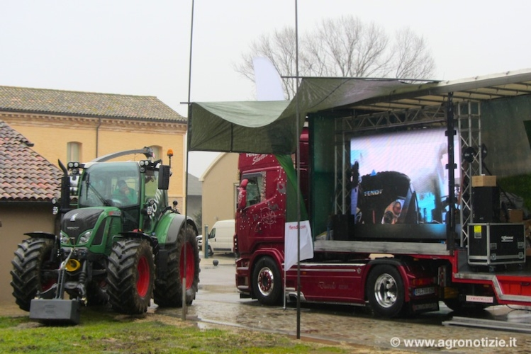 fendt-500-vario-tour-katana-trattori-by-cspadoni-imageline-macgest